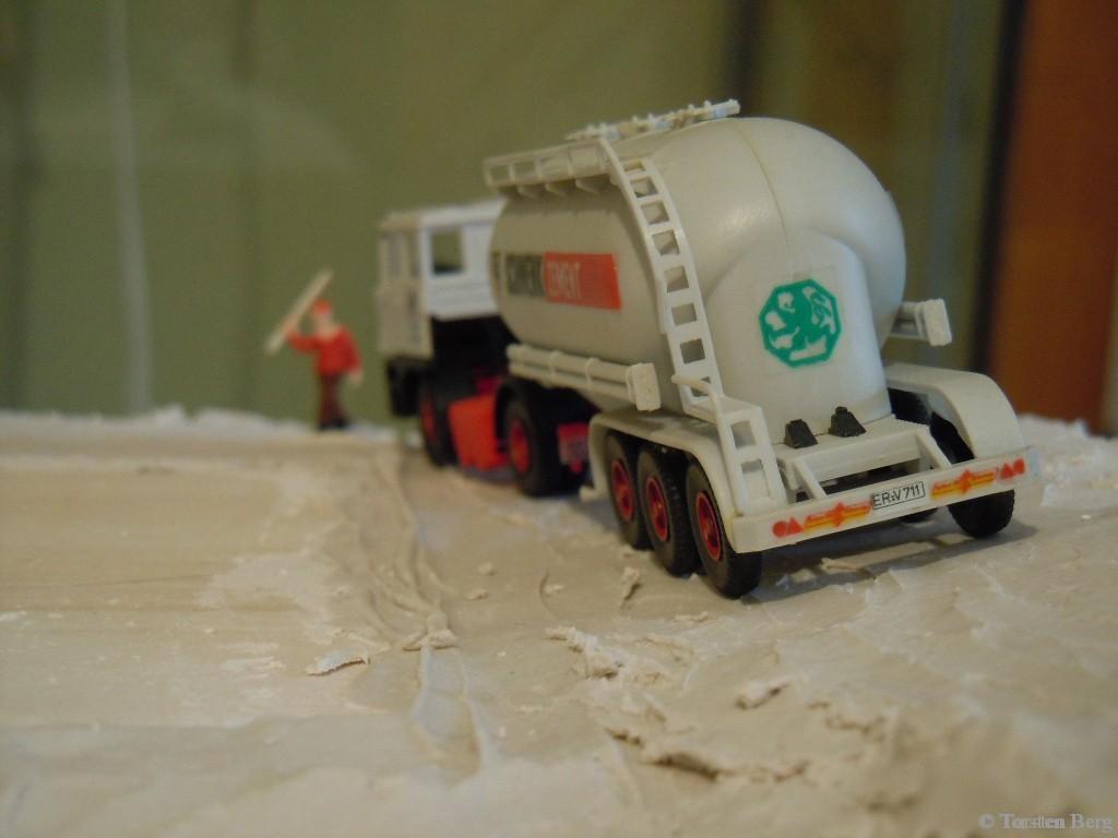 Erfolgreich in Logistik und Verkehr: 2 Jahre Waldesruher Logistikgesellschaft (WLG)