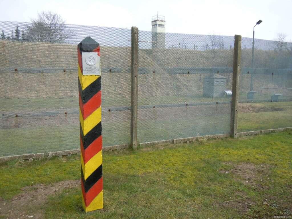 Grenzerfahrungen an der ehemaligen innerdeutschen Grenze- Grenzmuseum Grenzhus Schlagsdorf