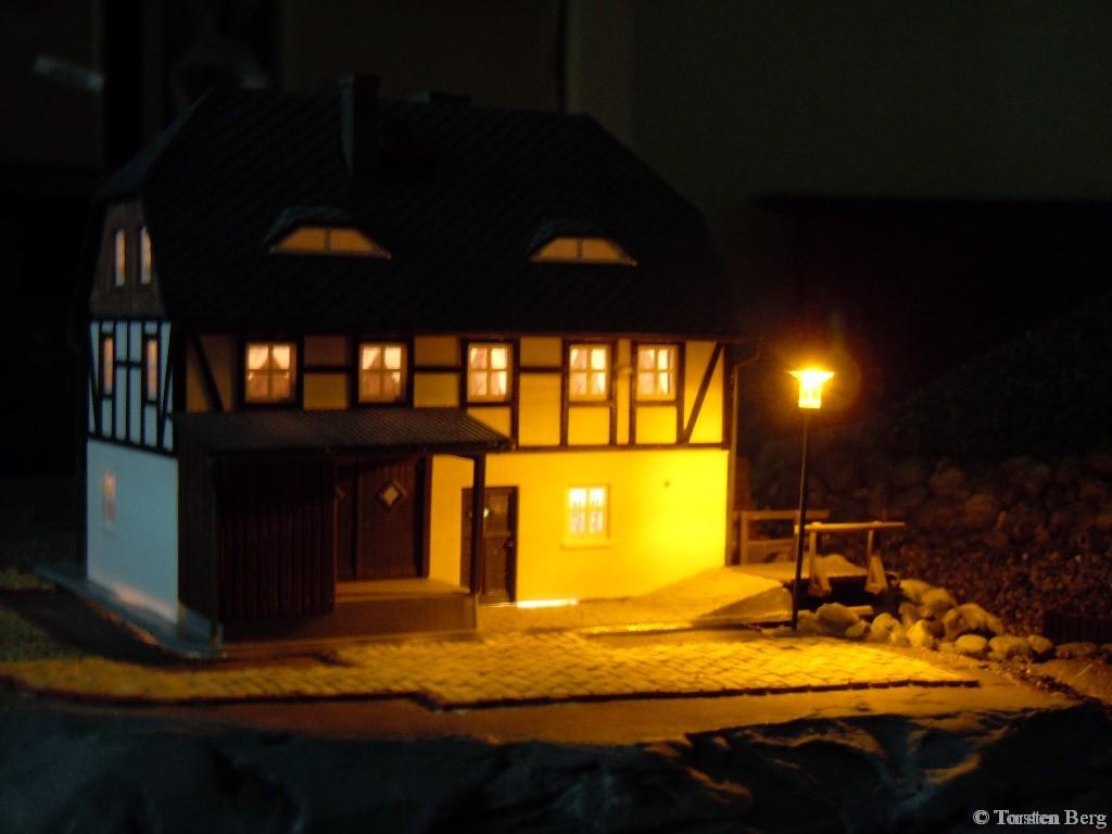 Gemütliche Beleuchtung an der Rukollamühle