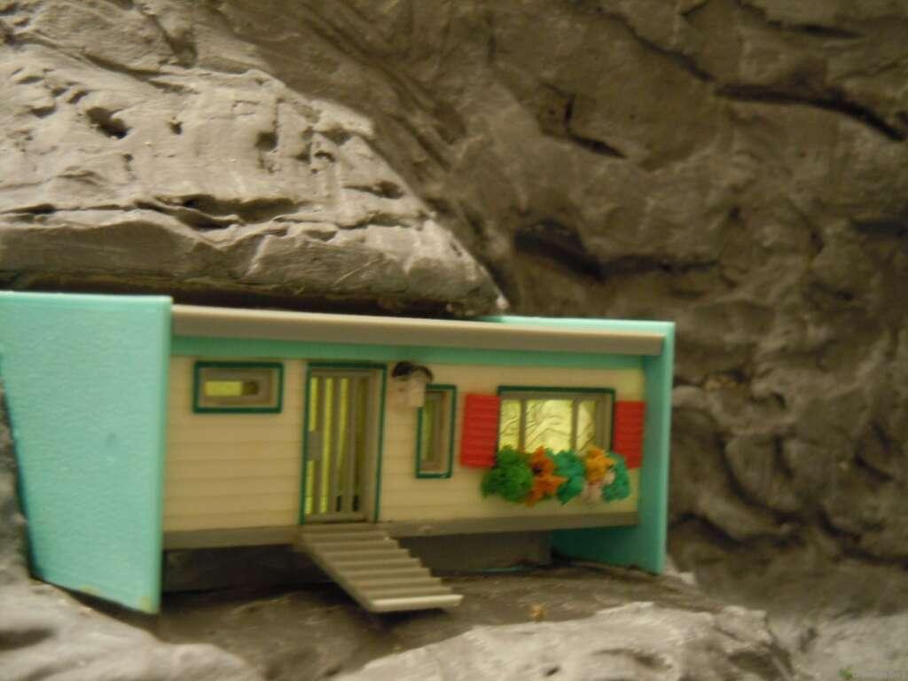 Baubericht für die Drachenglashöhle in Waldesruh: Besucherzentrum beleuchtet und Steinbruch bearbeitet