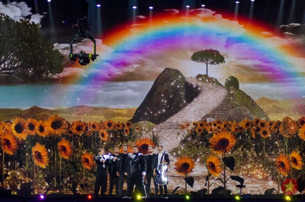 Lissabon wir kommen! Mittendrin der bunten Welt des Eurovision wie hier im kroatischen Beitrag aus dem Jahr 2017