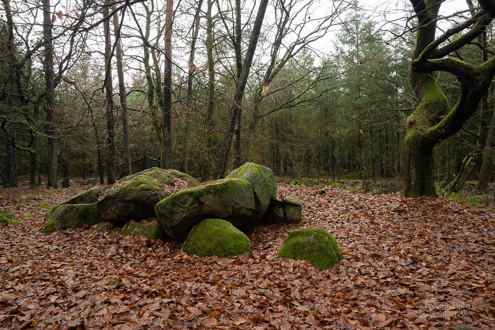 Großsteingrab Schmeersteine an der Straße der Megalithkultur